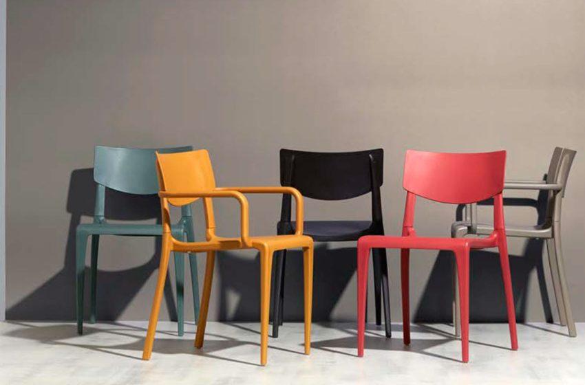 Ezpeleta Town armchair